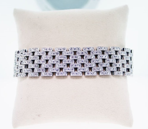 pave diamond, diamond bracelet, raymond lee jewelers